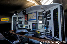 Transat Jacques Vabre 2011 : table à cartes du 60 pieds Imoca Bureau Vallée