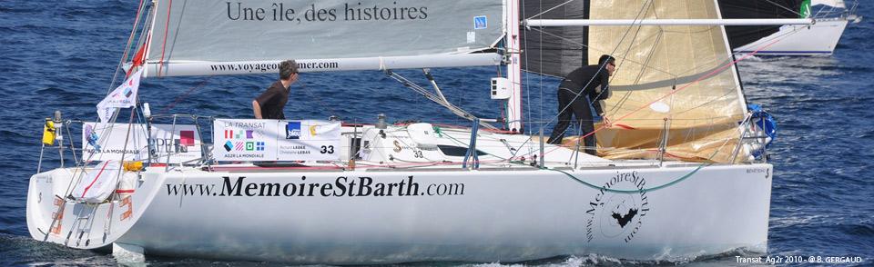 A bord du Figaro « www.MemoireStBarth.com » lors du départ de la Transat Ag2r 2010
