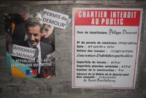 Détournement d'une campagne d'affichage sauvage  (Gustavia, Mai 2011 © BM)