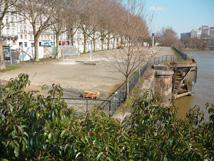 Construction du « Mémorial à l'abolition de l'esclavage » à Nantes